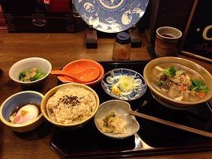 けんちんうどんセットと小鉢2品.jpg