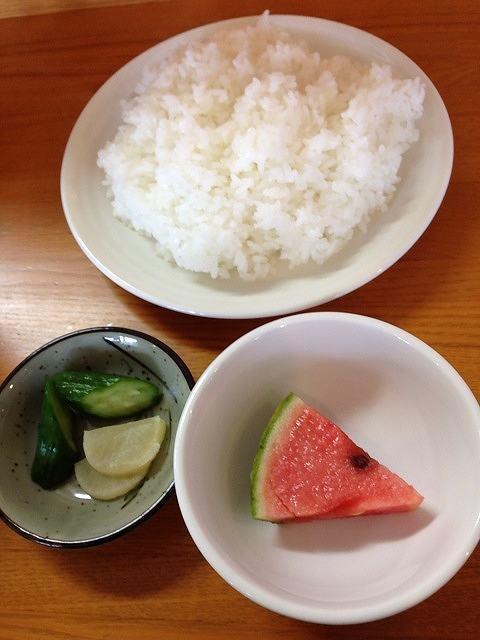 ご飯&御新香&スイカ.jpg