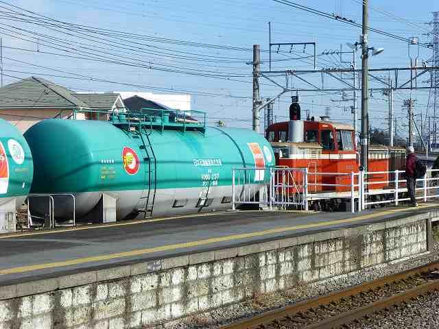 ディーゼル機関車が来た.jpg