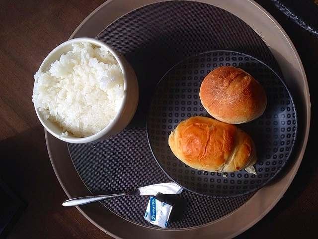 パンとご飯.jpg