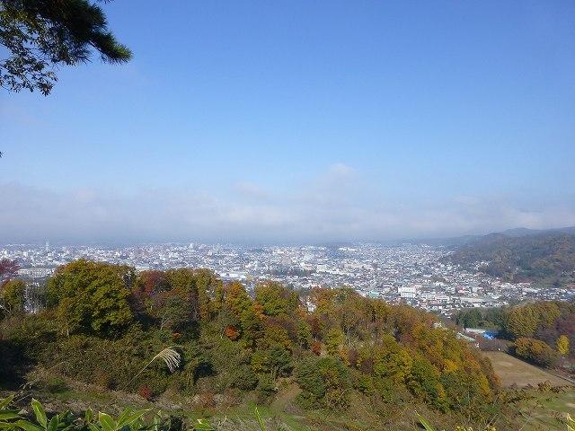会津盆地を望む.jpg