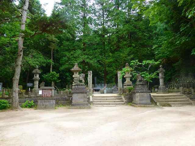 墓域2.jpg