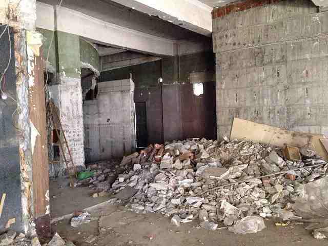 廃墟と瓦礫2.jpg