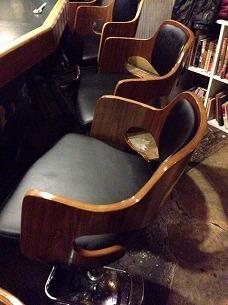 椅子が新調された.jpg