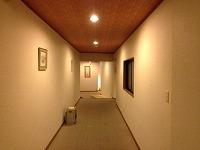 無機質な廊下2.jpg