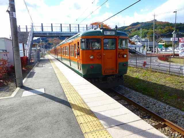 群馬原町の吾妻線.jpg