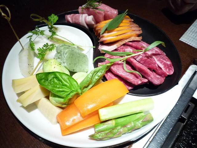 肉ぅ~1.jpg