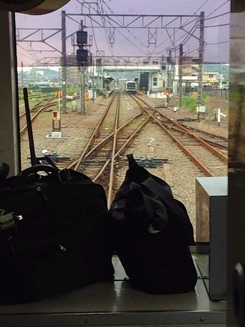 高麗川駅に入る.jpg